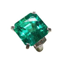 emerald_16